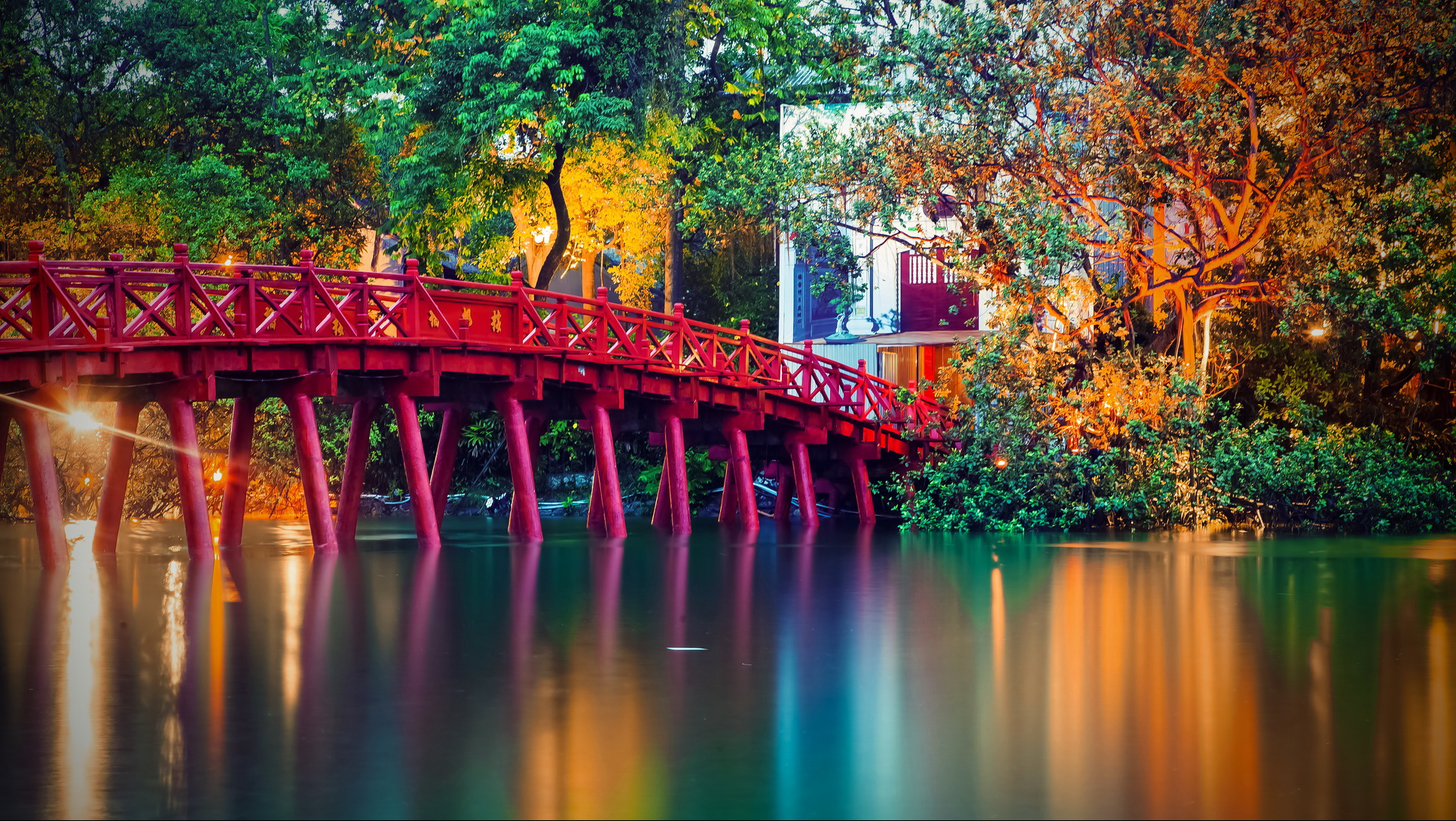 When is the best time of year to travel Vietnam?
